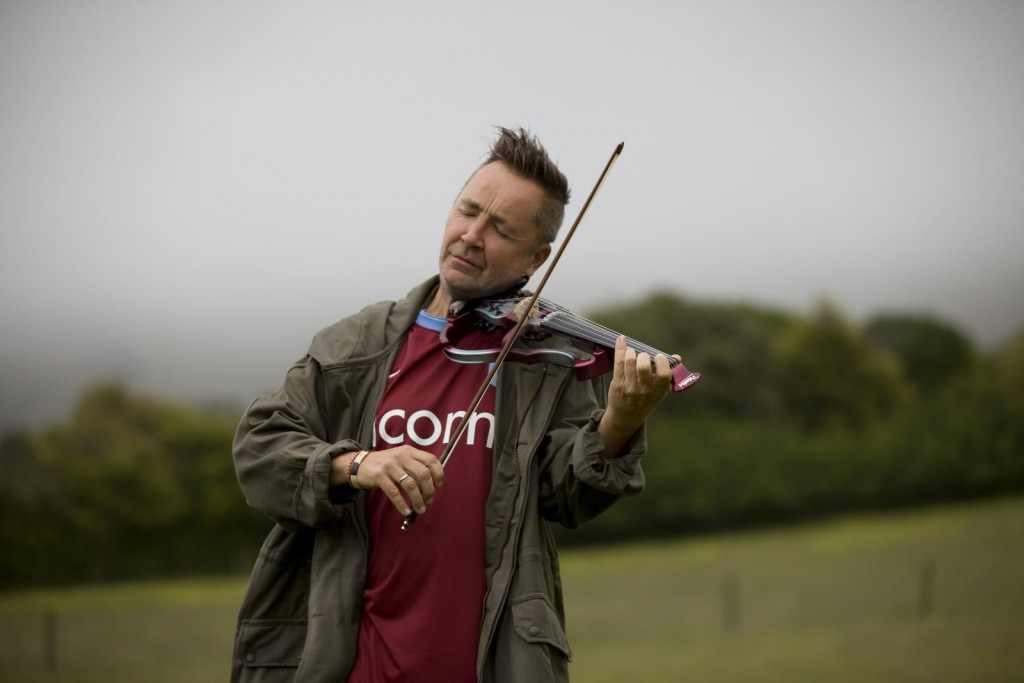 nigel_kennedy_by_paul_marc_mitchell_img_4100