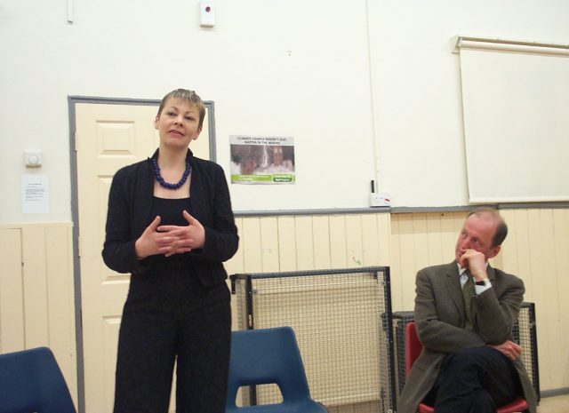 Brighton MPs Urge Transport Minister to Resign Following Recent Rail Disaster