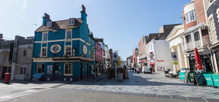 Police Appeal for Witnesses After Two Injured in Violent Incident in Brighton Pub
