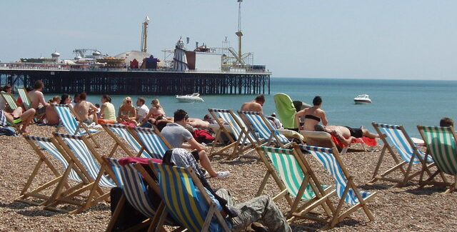 """""""A perfect storm is brewing"""": Greens raise concerns over beach use on bank holiday weekend"""